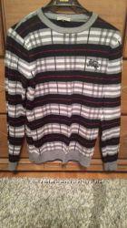 Мега стильный свитерок 250