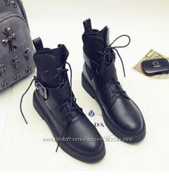 Женские ботинки Louis Vuitton. Зима и осень. Реал. фото