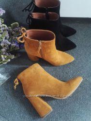Модные ботинки на оригинальном каблуке от Zara. Есть бордового цвета