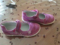 Кожанные туфельки