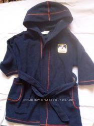 Продам флисовый халатик marks&spencer на мальчика 2-4 года