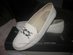 Белые туфли-мокасины Geox 37р.