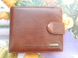 Качественное кожаное мужское портмоне с зажимом коричневого цвета