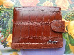 Качественное кожаное мужское портмоне с зажимом, коричневого цвета
