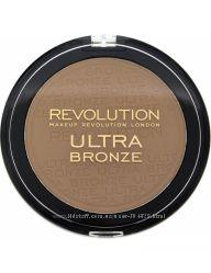 Матовый бронзер  Revolution Makeup