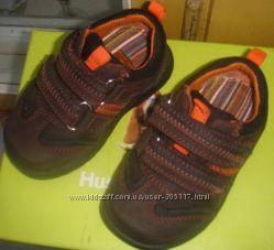 Ботинки HUSH PUPPIES на мальчика новые