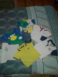 Хорошенькие футболки, тенниски  кепочки на мальчика 1-2 лет.