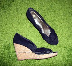 Стильные босоножки-туфли H&M