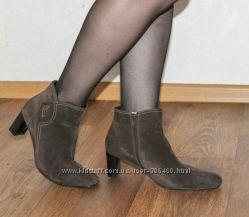 коричневые замшевые ботильоны ботинки Ecco, 39. 5 р-р