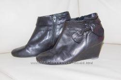 черные кожаные ботильоны Ecco 37 р-р
