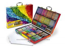 Crayola Набор для творчества в чемодане 140 предметов арт 04-2532-0-303
