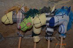 лошадка на палке для самых маленьких подарок на новый год