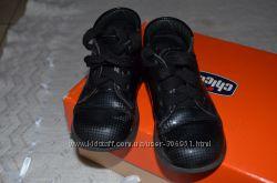 ботиночки, ботинки лакированные отдам к покупке от 50грн.