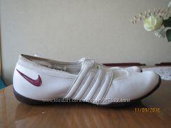 Спортивные туфли Nike 24, 5 см
