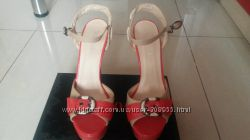 Стильные босоножки на красивые ножки