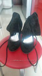 Замшевые стильные ботиночки