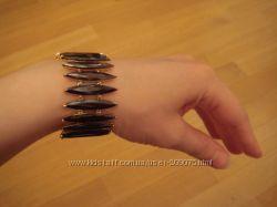 Продам красивый браслет с камнями