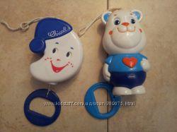 Продам музыкальные игрушки-подвески Chicco