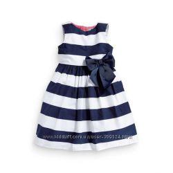 Стильное летнее платье в полоску