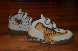 Новые ботиночки Dinosoles 3D 33 размер