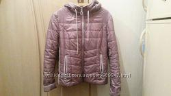 Красивая курточка р. 48