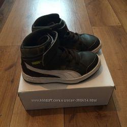 Демисезонные ботинки Puma.