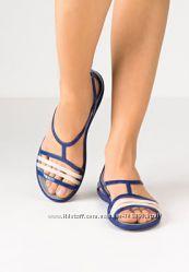 Босоножки сандали Crocs Isabella размер 8 37, 5-38 оригинал из США