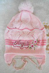 Демисезонная шапочка на девочку 3-4-5 лет
