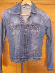 классная джинсовая куртка