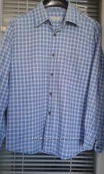 Рубашка с длинным рукавом фирмы Zara.