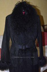 Замшевое утепленное пальто с мехом ламы, размер L