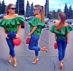 Блузки с оборкой по плечам, от 40 до 54 р, 4 расцветки
