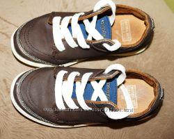 Продам туфли Mayoral 28 р 18 см стелька БУ