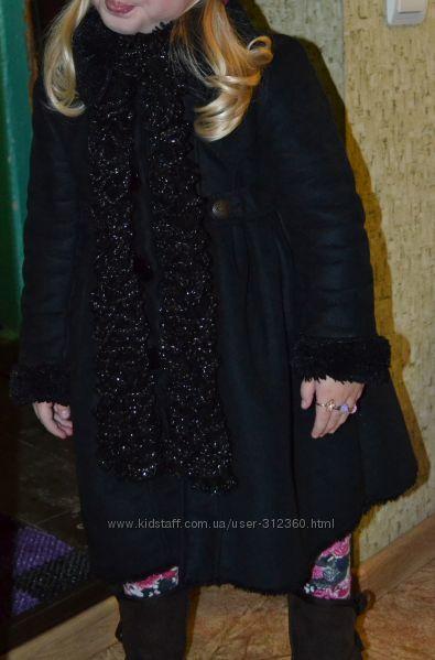 Красивое нарядное пальто дубленка