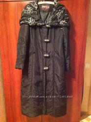 Пальто пуховик на зиму осень 46р с капюшоном Bosideng