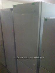 Холодильники, морозильники, холодильні шафи