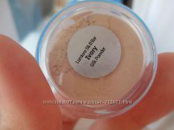 Минеральная шелковая пудра-вуаль Ivory Silk powder Lumiere Cosmetics