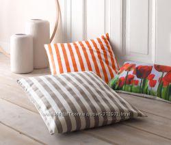 Декоративная подушка с наволочкой ЧибоТСМ TCHIBO