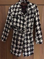 Стильное пальто на девочку, YOKI New York, размер М 9-10 лет