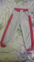 спортивные брюки для девочки  122-128р.