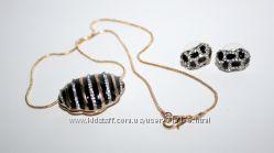 Супер стильный, красивый набор - сережки с подвеской на цепочке, позолота