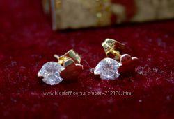 Великолепные, очень красивые серьги-гвоздики с цирконами, покр. золото 9К