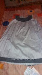 Продам нарядное двустороннее платье Chicco