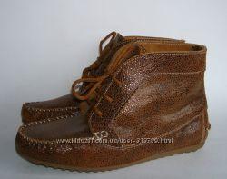 Демисизонные кожаные ботиночки в этно стиле