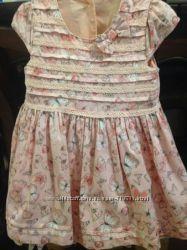 Нарядное платье в бабочках