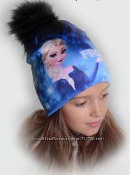Зимові яскраві шапочки з героями мультиків
