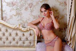 Женственные комплекты Lora Iris. Низкие цены.