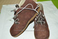 Новые замшевые ботинки Cherokee для девочки из США. 11 р.