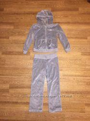 Спортивный велюровый костюм для девочки F&F со стразами.