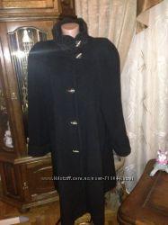 Очень красивое пальто . италия